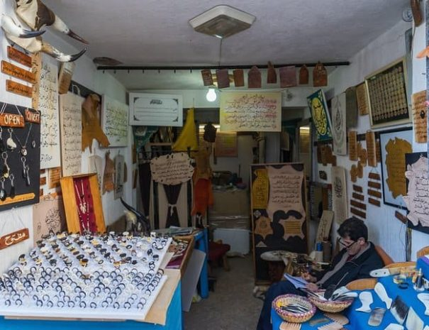 Moroccan-Workshop-Cow-Horn-Jewellery-Workshop-2